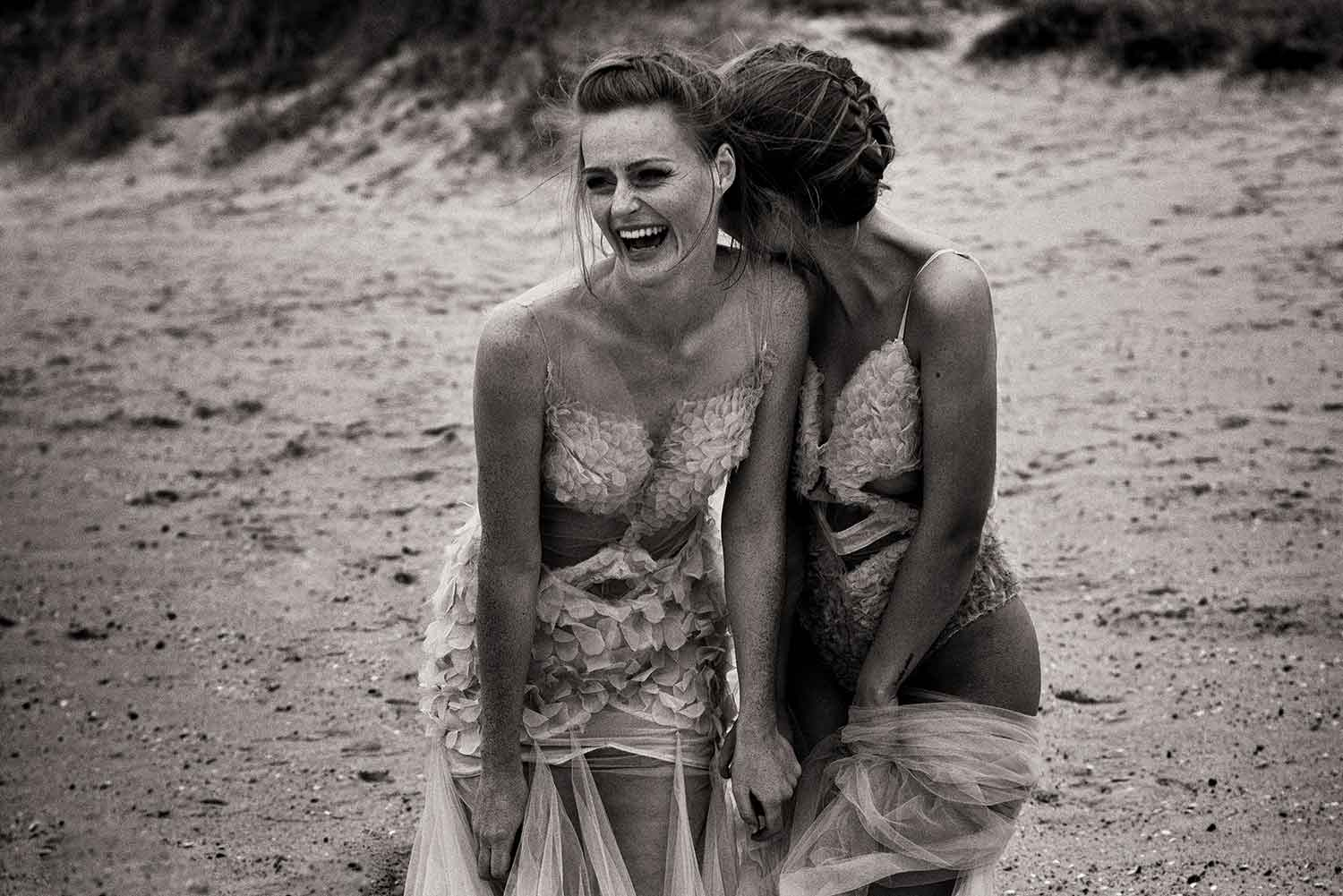Couture am Strand